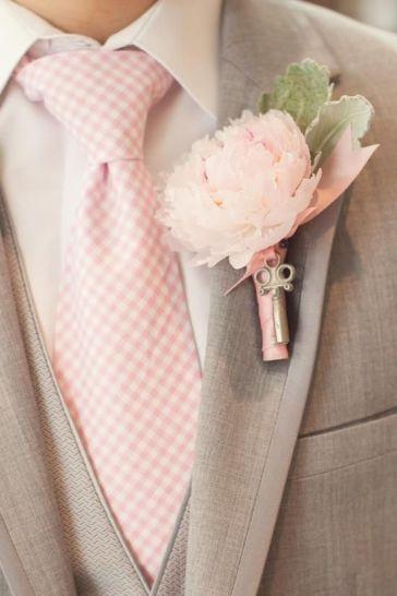 grey groom 3