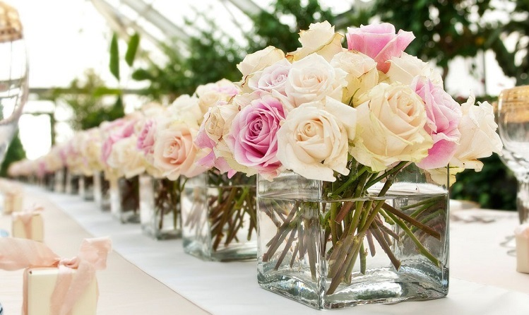 wedding-buffet-table-flower-decorations-small-white-flower-in-a-row750